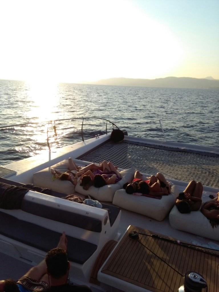 Mallorca catamarán puesta de sol