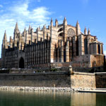 Cathedral,-Palma-city-tour