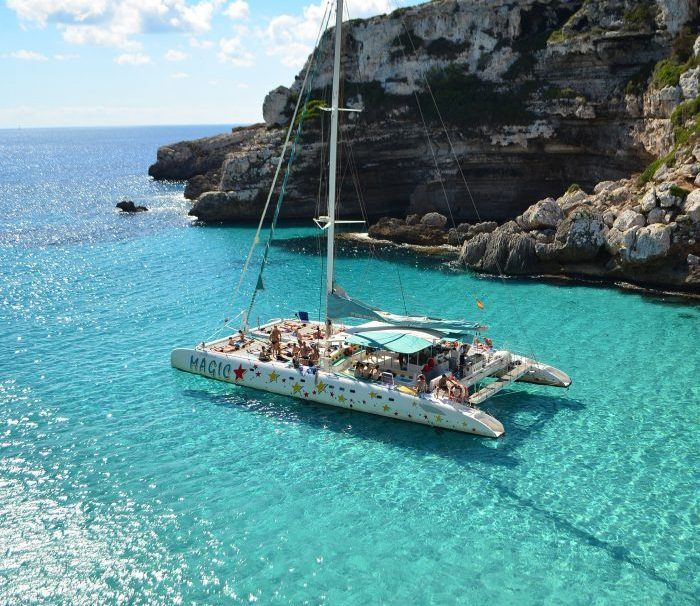 Catamaran Mallorca excursiones